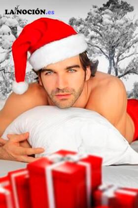 Hombre sexy vestido de Navidad