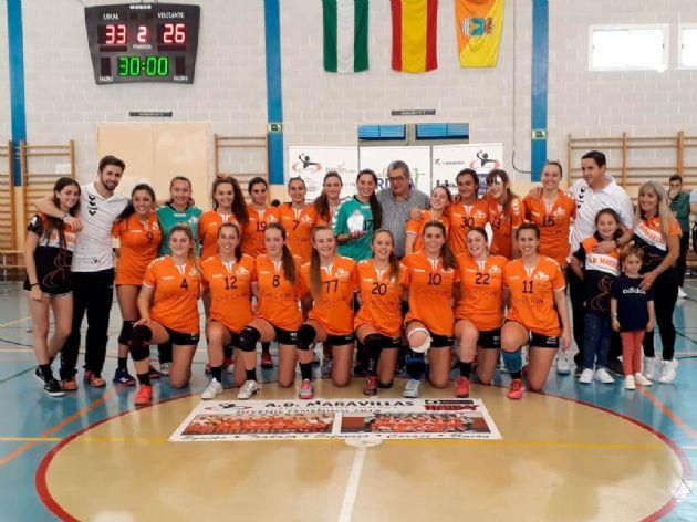 Equipo femenino de balonmano del Colegio Maravillas