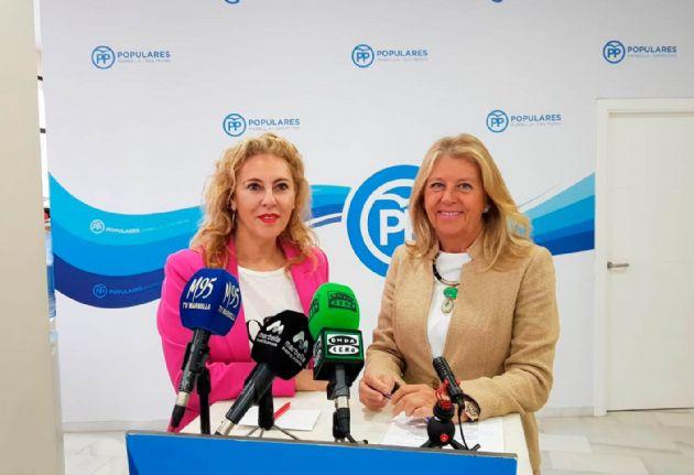 Carolina España y Ángeles Muñoz