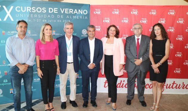 La consejera Carmen Crespo inaugura el XX Curso de Verano de la Universidad de Almería