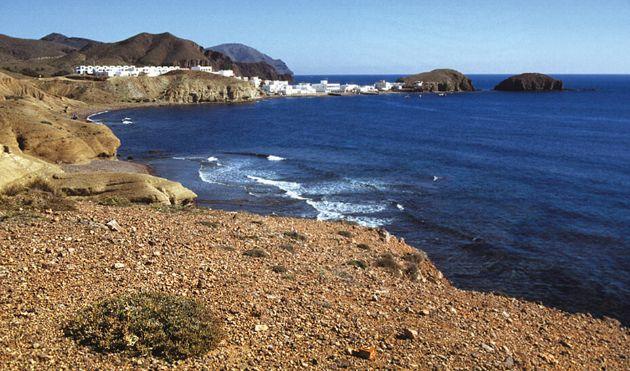 Panorámica de una de las playas del Levante almeriense, en pleno Parque Natural del Cabo de Gata-Níjar