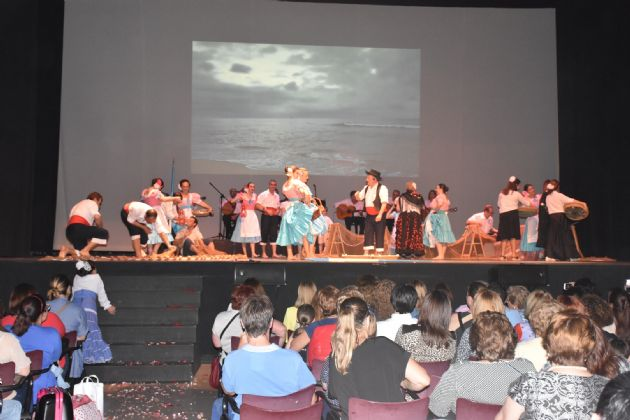 Actuación del Grupo Municipal de Danza