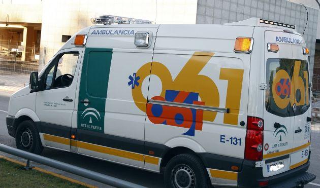 Ambulancia de la Empresa Pública de Emergencias Sanitarias