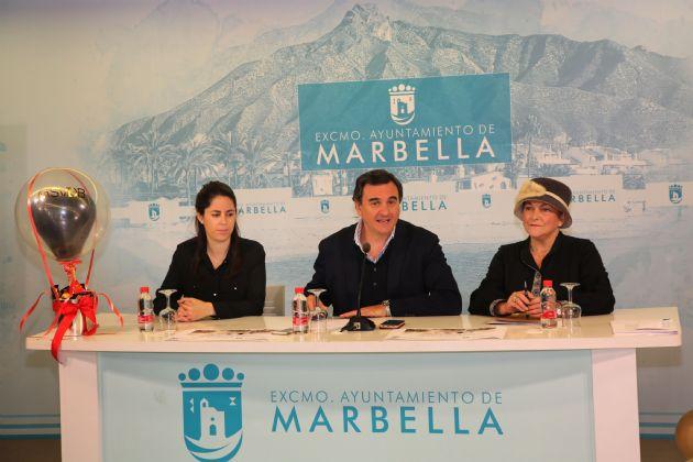 Presentación de Marbella se viste de blanco