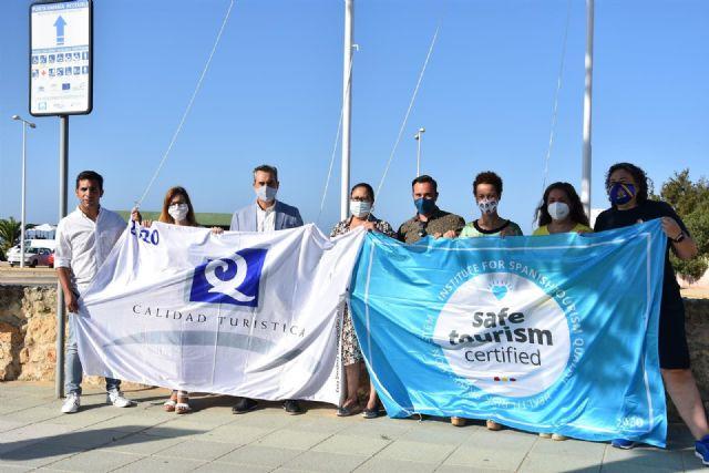 Banderas Q de Calidad y Turismo Seguro para Punta Umbría