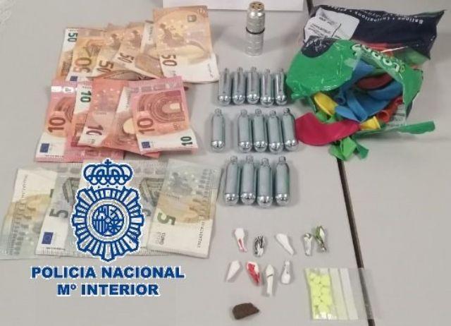 Efectos sustraídos a una joven en una zona de ocio nocturno de Fuengirola