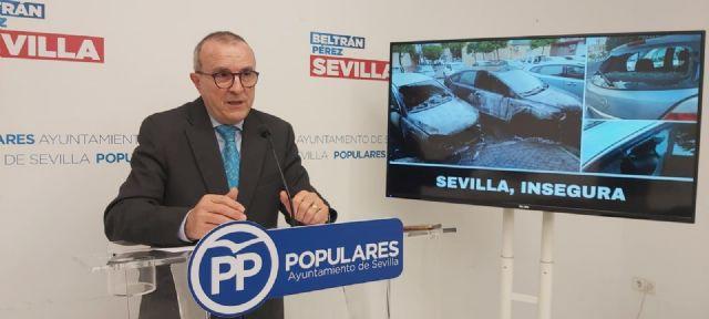 Gómez Palacios, concejal del PP, en rueda de prensa