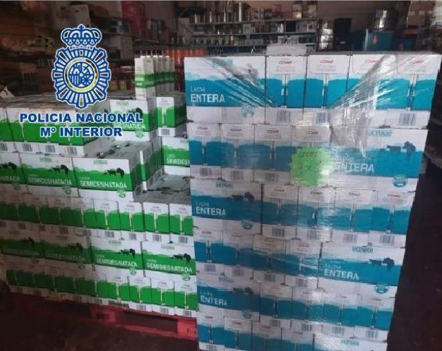 Pallets de leche donada a Cruz Roja hurtados para su venta