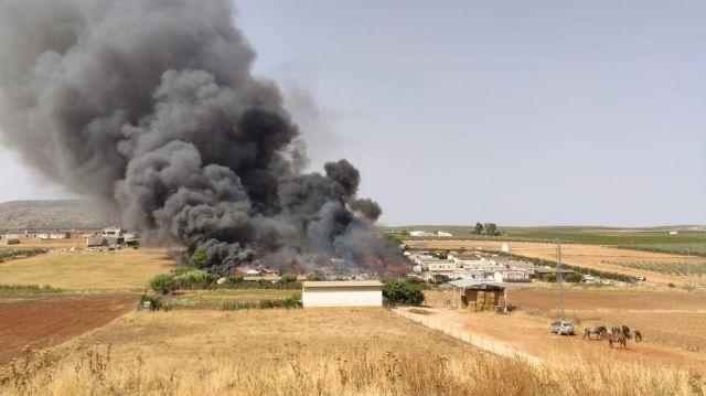 Incendio en un camping de Mollina