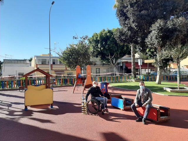 Parque infantil de la plaza Carrascón