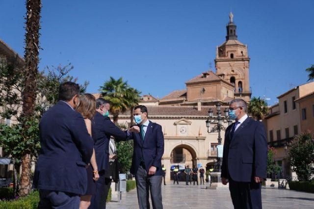 El presidente de la Junta de Andalucía, Juanma Moreno, en Guadix (Granada)