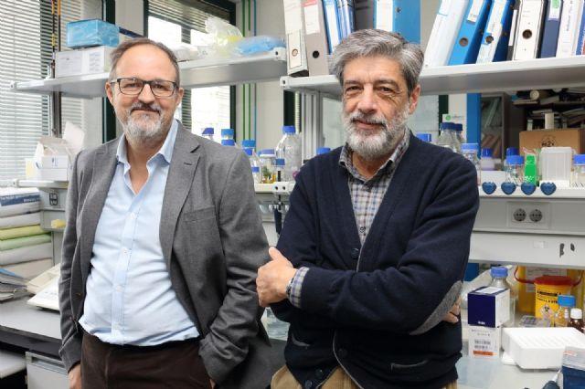 Catedráticos de la UPO Plácido Navas y Guillermo López-Lluch