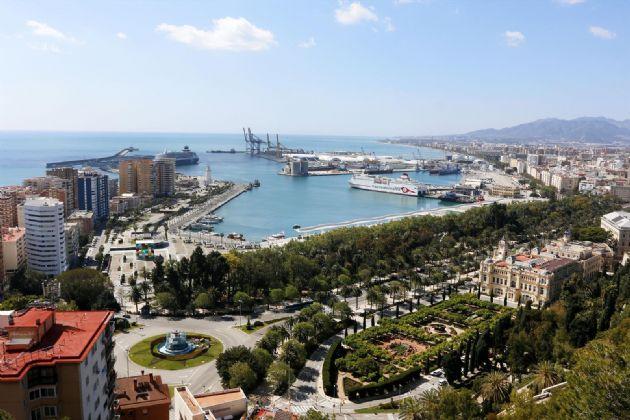 Vistas de calles y avenidas vacías por el Estado de Alarma por el Gobierno español a causa de la pandemia del COVID-19. . Málaga a 29 de marzo del 2020 - Álex Zea - Europa Press