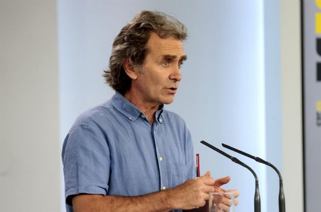 El director del Centro de Coordinación de Alertas y Emergencias Sanitarias, Fernando Simón, durante una rueda de prensa para actualizar los datos sanitarios en referencia a la crisis del Covid-19, en Madrid