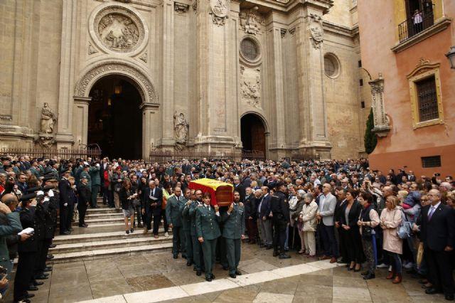 La catedral de Granada acogió la misa funeral por el guardia civil fallecido