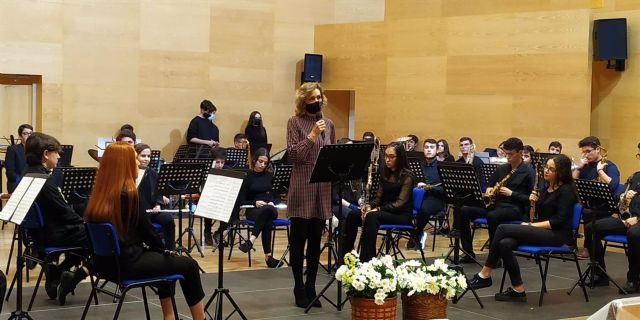 La delegada de Educación y Deporte de la Junta de Andalucía en Córdoba, Inmaculada Troncoso, clausura el ciclo de actuaciones celebradas en el Conservatorio Profesional de Música Músico Ziryab