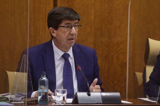 El vicepresidente de la Junta de Andalucía y consejero de Turismo, Regeneración, Justicia y Administración Local, Juan Marín, comparece en comisión parlamentaria