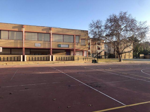Un colegio en el Polígono Sur de Sevilla