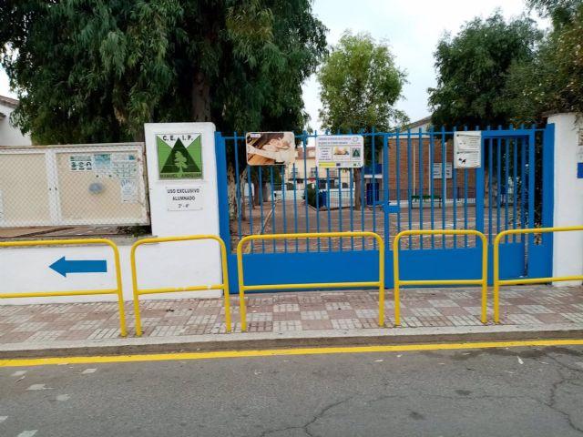 Acceso al CEIP Manuel Andújar