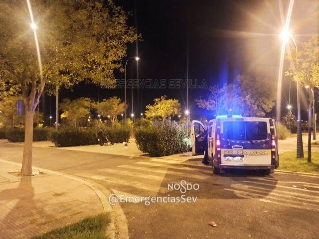 Actuación de la Policía Local de Sevilla para impedir botellonas