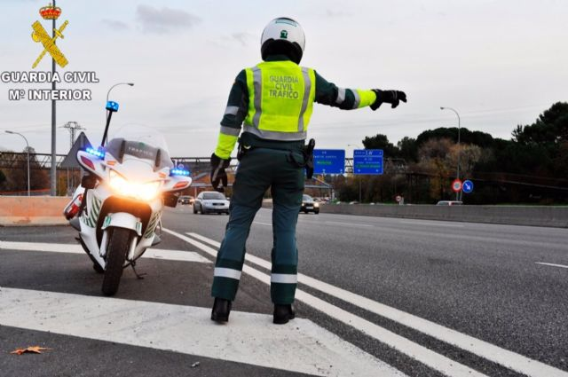Control de Guardia Civil de Tráfico