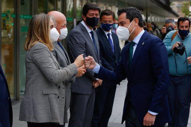 Juanma Moreno, visita las nuevas instalaciones del Hospital Materno Infantil Virgen de las Nieves de Granada - Álex Cámara - Europa Press