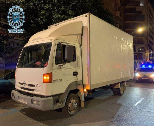 El camión en el que iba el fugitivo buscado por la justicia por abusos y agresiones sexuales a menores