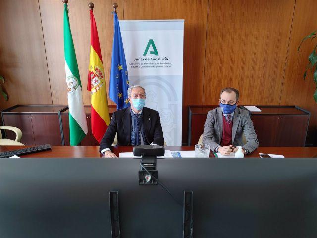 El consejero de Transformación Económica, Rogelio Velasco, este jueves en el proceso de selección de empresas para el Startup Andalucía Roadshow.