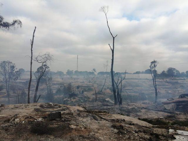 Incendio de un asentamiento chabolista en Palos de la Frontera (Huelva)