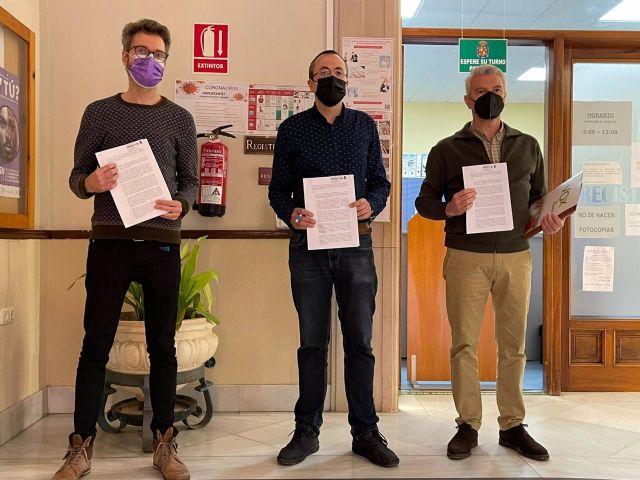 Los representantes de Adelante Jaén, PP y VOX en el Ayuntamiento de Jaén