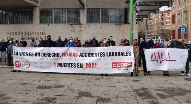 Concentración de los sindicatos por el primer fallecido en accidente laboral en la provincia cordobesa en 2021