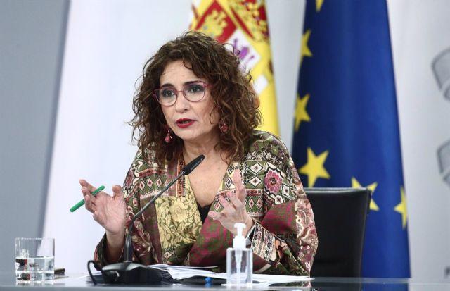 La ministra de Hacienda y portavoz del Gobierno, María Jesús Montero, durante la rueda de prensa posterior al Consejo de Ministros, en Madrid (España), a 2 de marzo de 2021