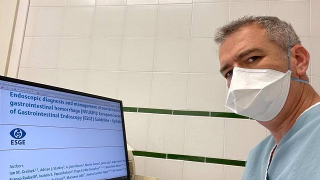 La unidad de Digestivo del Hospital Costa del Sol participa en la elaboración de la Guía Europea sobre el manejo de la hemorragia digestiva alta no varicosa